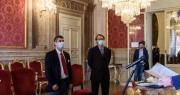 Foto del primo matrimonio post lockdown in Sala Rossa